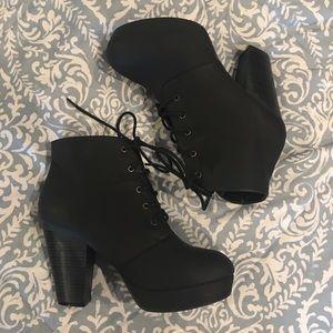 Black lace bootie